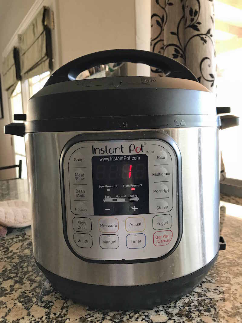 Set instant pot to manual for 1 minute for instant pot chicken stir fry