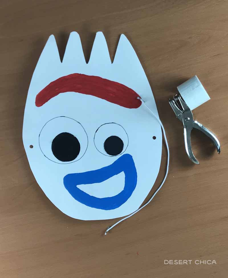 Toy Story 4 craft of Forky's face