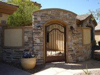 Curved Courtyard Walls: Stucco & Stone Masons - Glendale ...