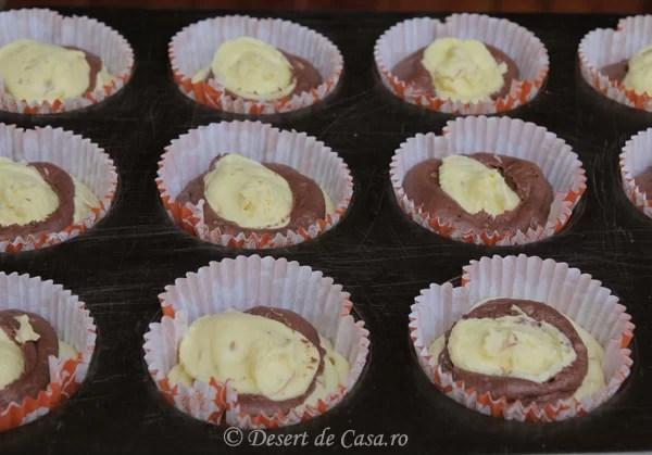 Briose cu nuca si cacao  Desert De Casa  Maria Popa