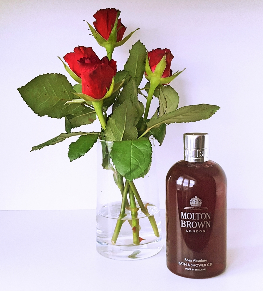 Molton Brown Rosa Absolute newone