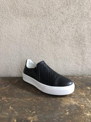 Slip on Nero Sneaker