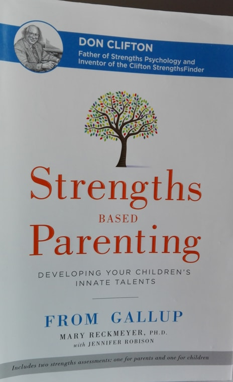 Strenghts Based Parenting par Mary Reckmeyer