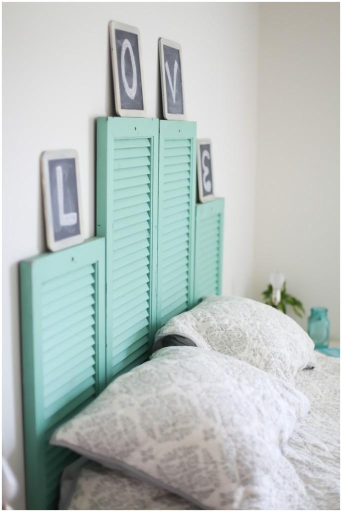 best de vieux volets recycls en tte de lit tout ce quil y a de plus originale with tete de lit originale