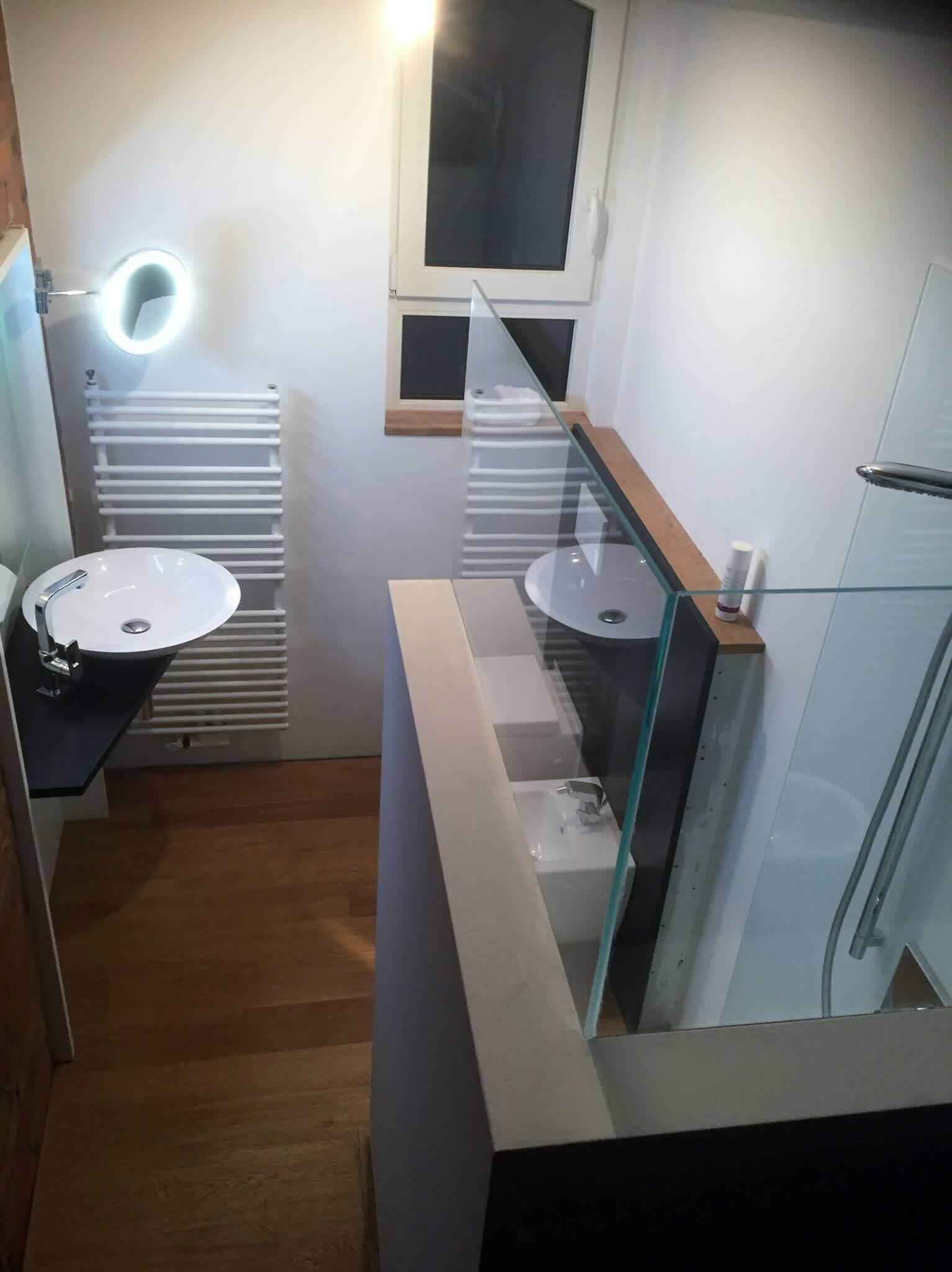 k che glaswand statt fliesen k che glaswand statt fliesen. Black Bedroom Furniture Sets. Home Design Ideas