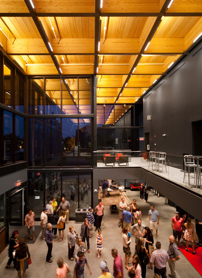 MontLaurier multifunctional theater by Les architectes