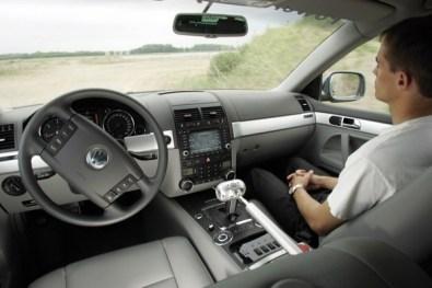 autonomous-driving_600c-600x400