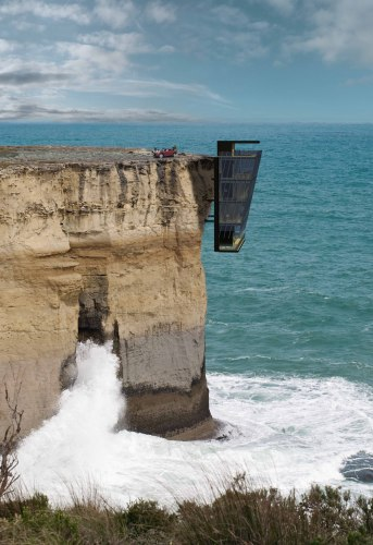 5413161fc07a8016d100001e_jump-off-a-cliff-and-land-in-bed-in-this-edgy-australian-home_cliff_house_by_modscape_concept_external