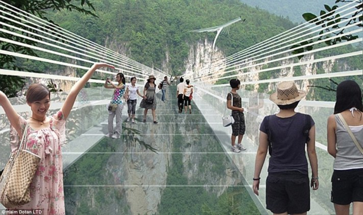 28DCC40000000578-3087955-If_you_have_vertigo_look_away_The_world_s_highest_and_longest_gl-a-25_1432047864694