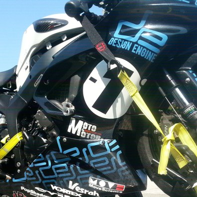 The ZX6R on trailer going back to the race shop for trouble shooting showing off the new Orca graphics