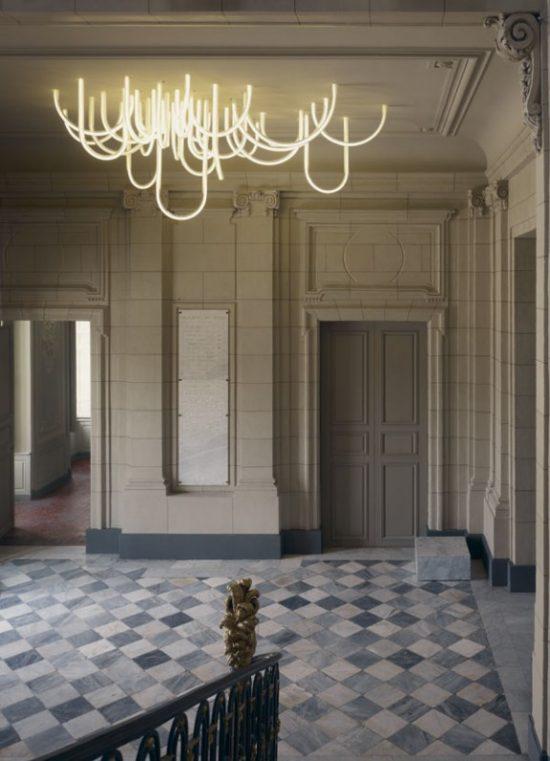 Les-Cordes-chandelier-by-Mathieu-Lehanneur-for-Chateau-Borely_1_Design_Index