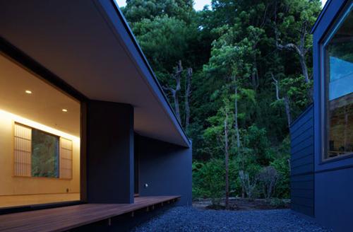 Oblique House 1