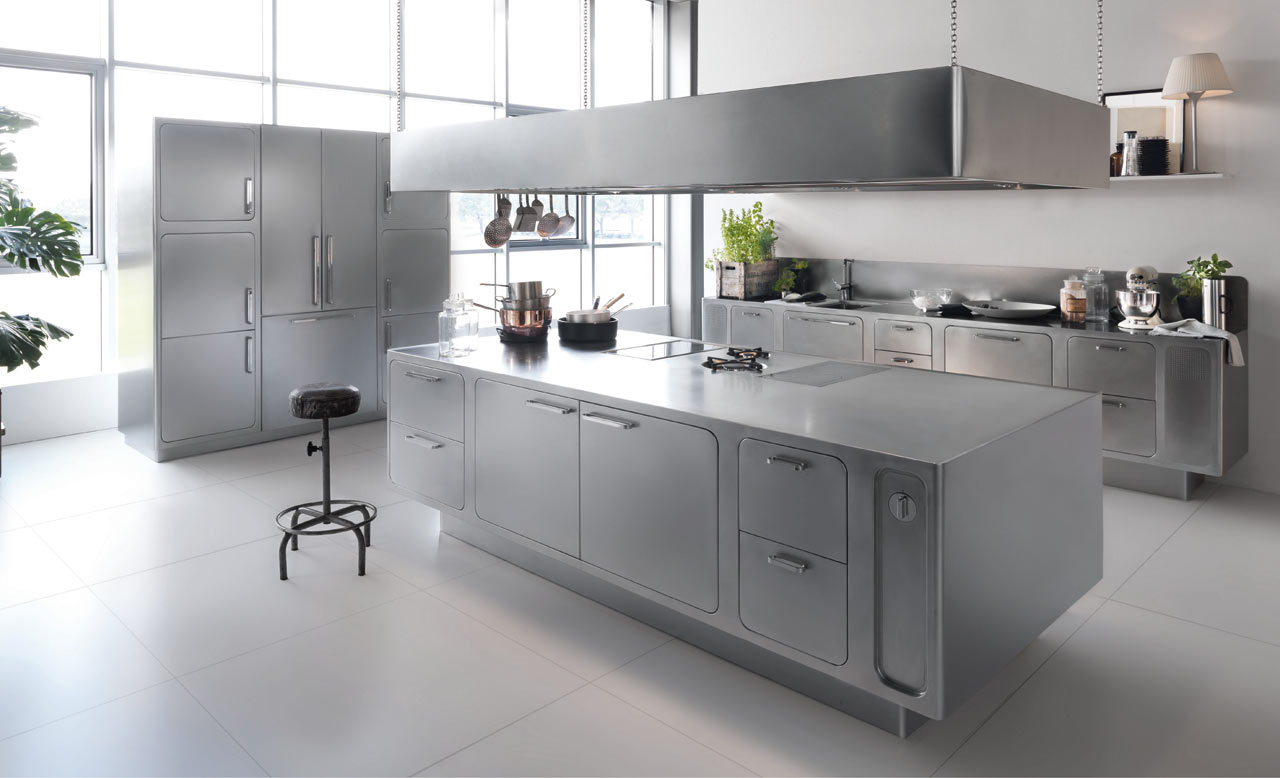 A Stainless Steel Kitchen Designed for AtHome Chefs