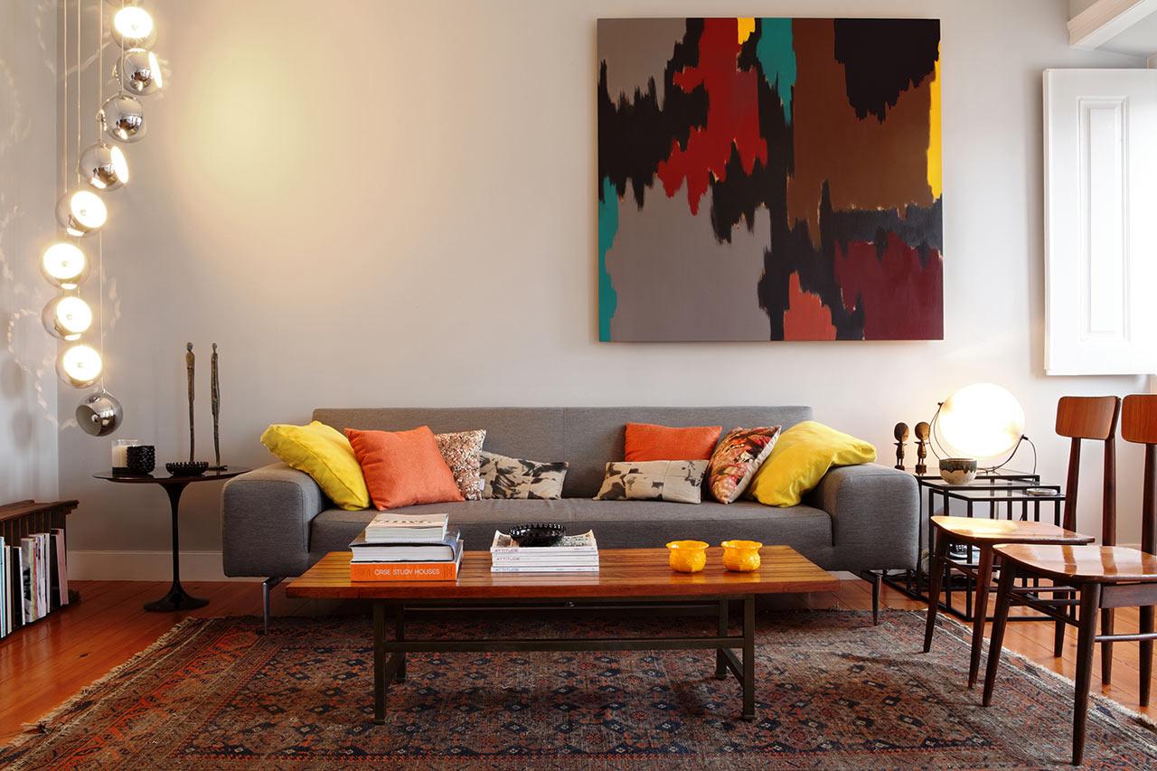 An Interior Design That Blends Modern & Vintage