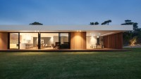 A Wood and Glass Holiday House in Australia - Design Milk