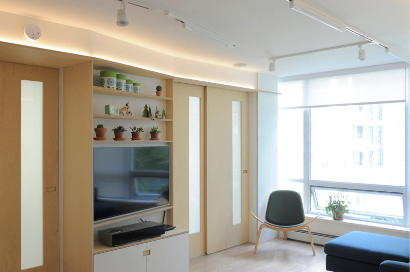 A 600 Square Foot Apartment That Maximizes Every Inch  Design Milk