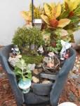 Broken Garden Pots Design (6)