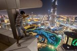 Dubai View From Building Rooftops (2)