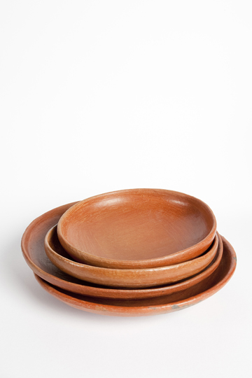 designaholic_moises-hernandez-diarioshop_redclay-serving-bowls