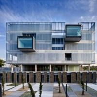* Architecture: Comisaria Fuencarral by Voluar Arquitectura