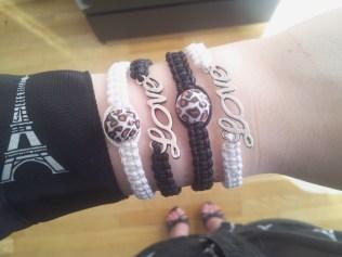 love armband, macrame bracelet, pärlor, beads, skulls, cross, beaded jewelry