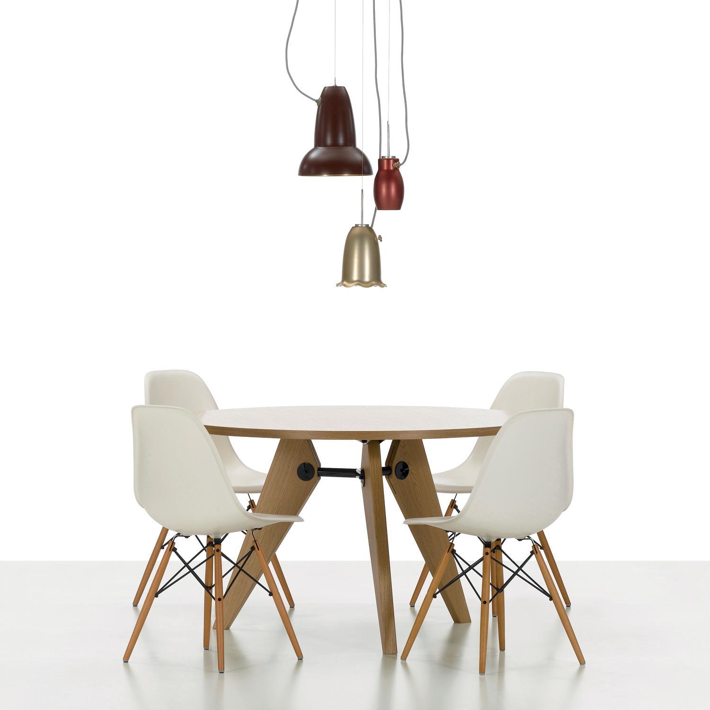 Plastic Armchair le sedie in plastica di Charles Eames