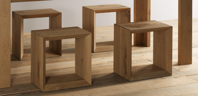 Il cubo di legno che da sedia si fa libreria ecco forma 45 by Essence Wood  Arredare con stile