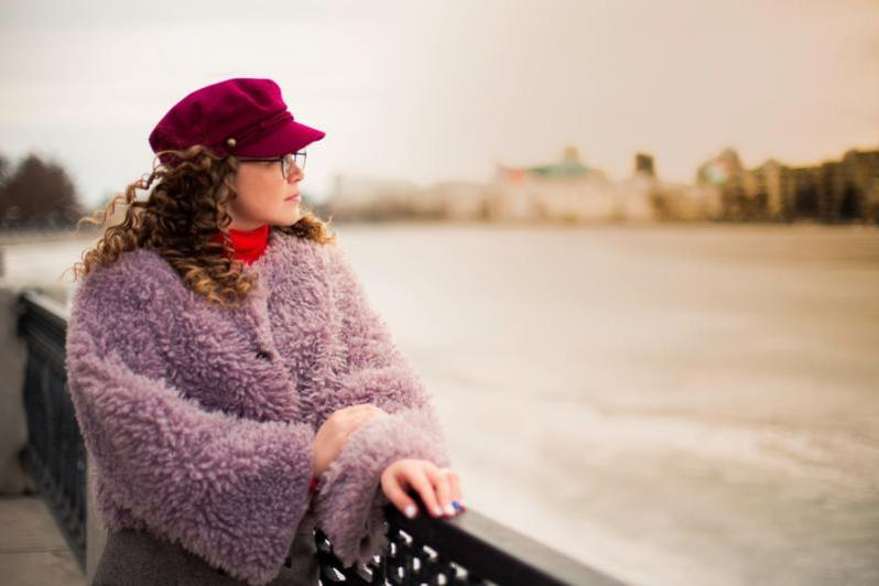 beautiful-daylight-fleece-coat-outdoors-scarf-wear-1511313-pxhere.com