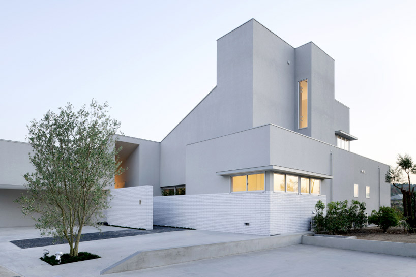 Form  Kouichi Kimura Architects House Of Representation