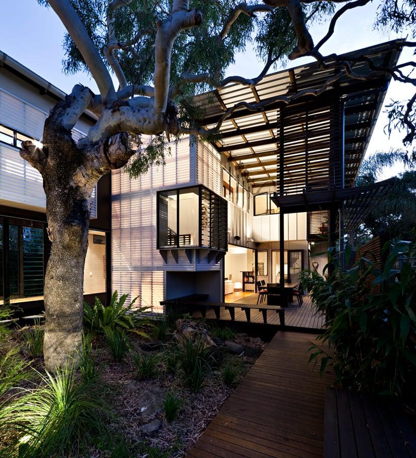 Marcus Beach House By Bark Design Reflects Coastal