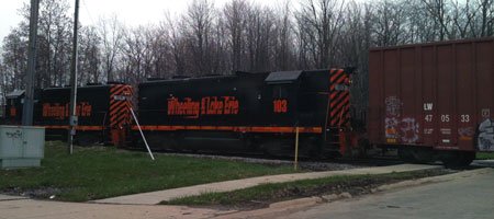 W&LE locos switching the Solon Industrial.