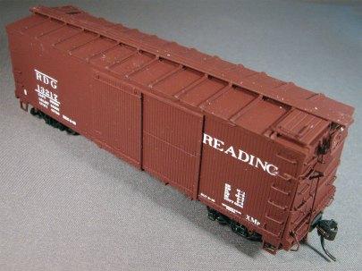 A Reading XMp class box car.