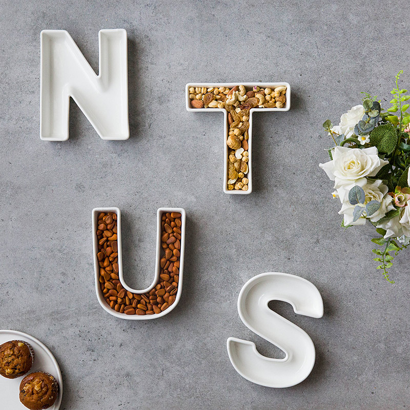 nut dishes - 20 GENIUS DIY TYPOGRAPHY FOR ART AND DESIGN PROJECTS