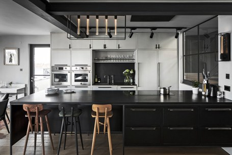 Buster+Punch_Caged-5.0_Caged-Wall_Large_White-Marble_Pull-Bar_Smoked-BronzeKitchen-2