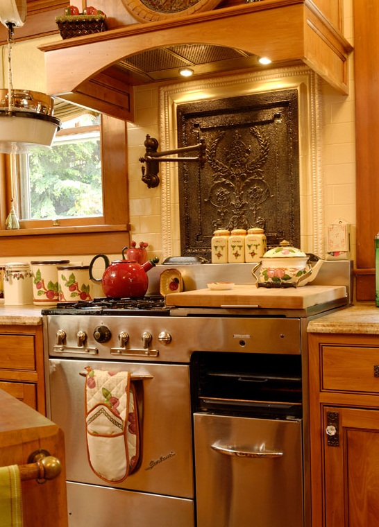 Designing Futuristic Kitchens With Recycled Components