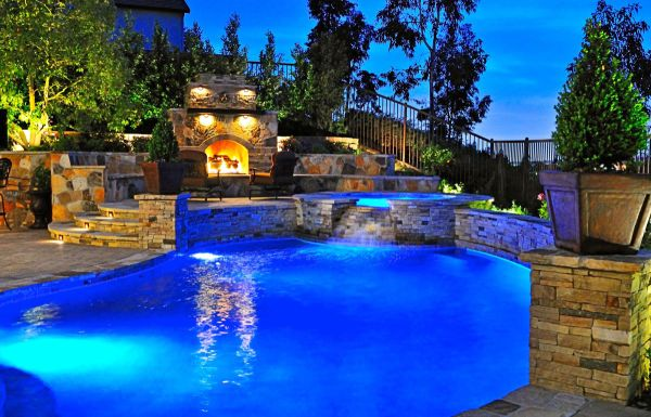 night-at-backyard-pool-idea