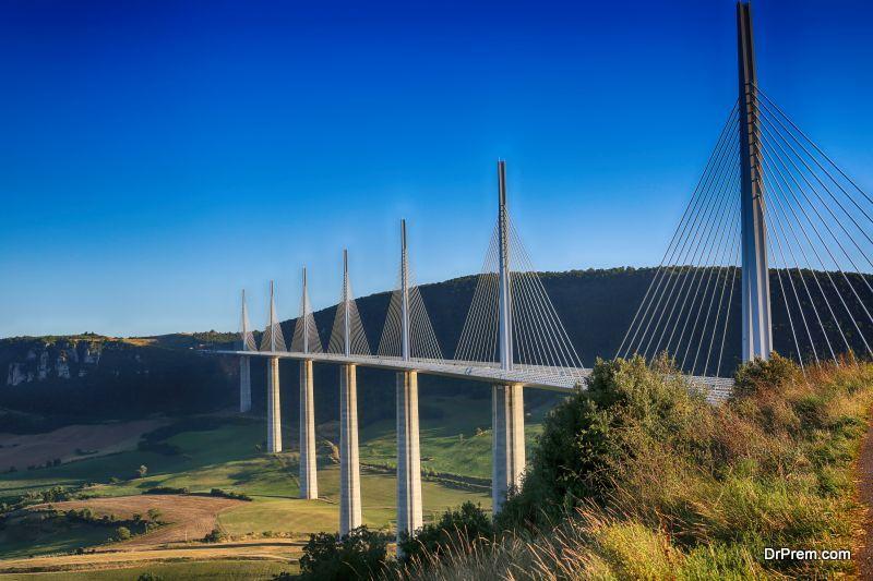 Millau-Viaduct-FRANCE