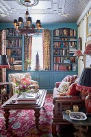 Vintage interior design Achieve a vintage style without ...