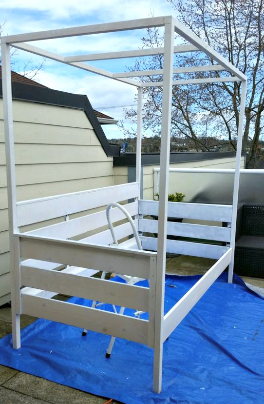 outdoor daybed, primed daybed, daybed with canopy, DIY daybed