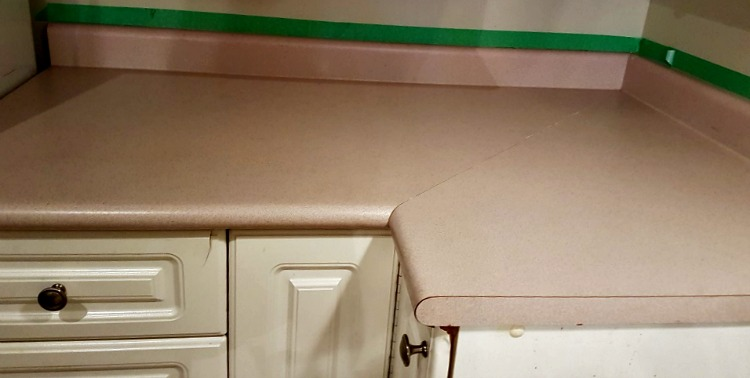 stone finish counters, make it stone, spray painted counters