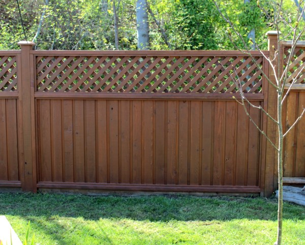 Standard 6' x 8' p0re-fab fence panel