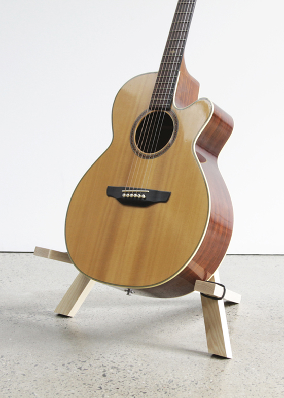 round chair on stand office leather stol guitar