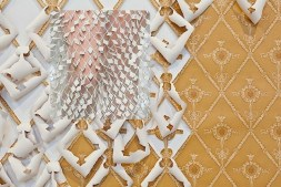 Obra de Carlie Trosclair 2014 e Balenciaga SS15