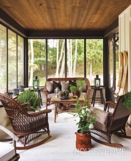 Enclosed cottage porch