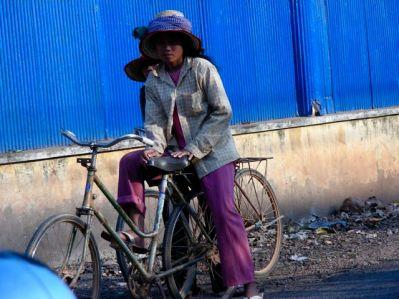 Cycliste à Battambang
