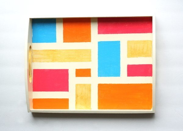 DIY Color Blocked Tray by Design, Dining + Diapers, color blocking, spring decor projects, spring crafts, drink trays, summer trays, jewelry holders, orange, teal, pink, blue, gold