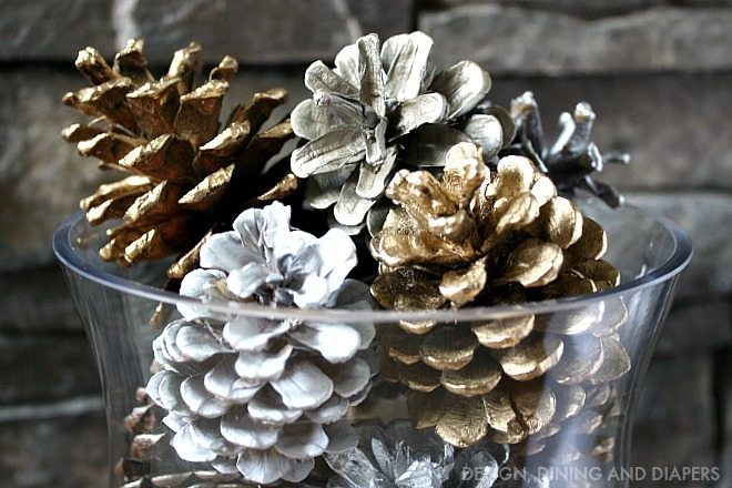 Spray Painted Pine Cones_1