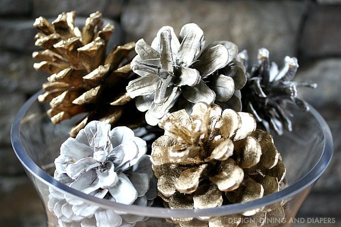 Spray Painted Pine Cones_2