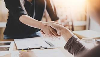 6 вещей компенсации, о которых вы можете договориться с клиентом (кроме денег)