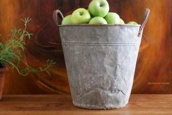 0002-VNT-vintage-metal-farmer-bucket